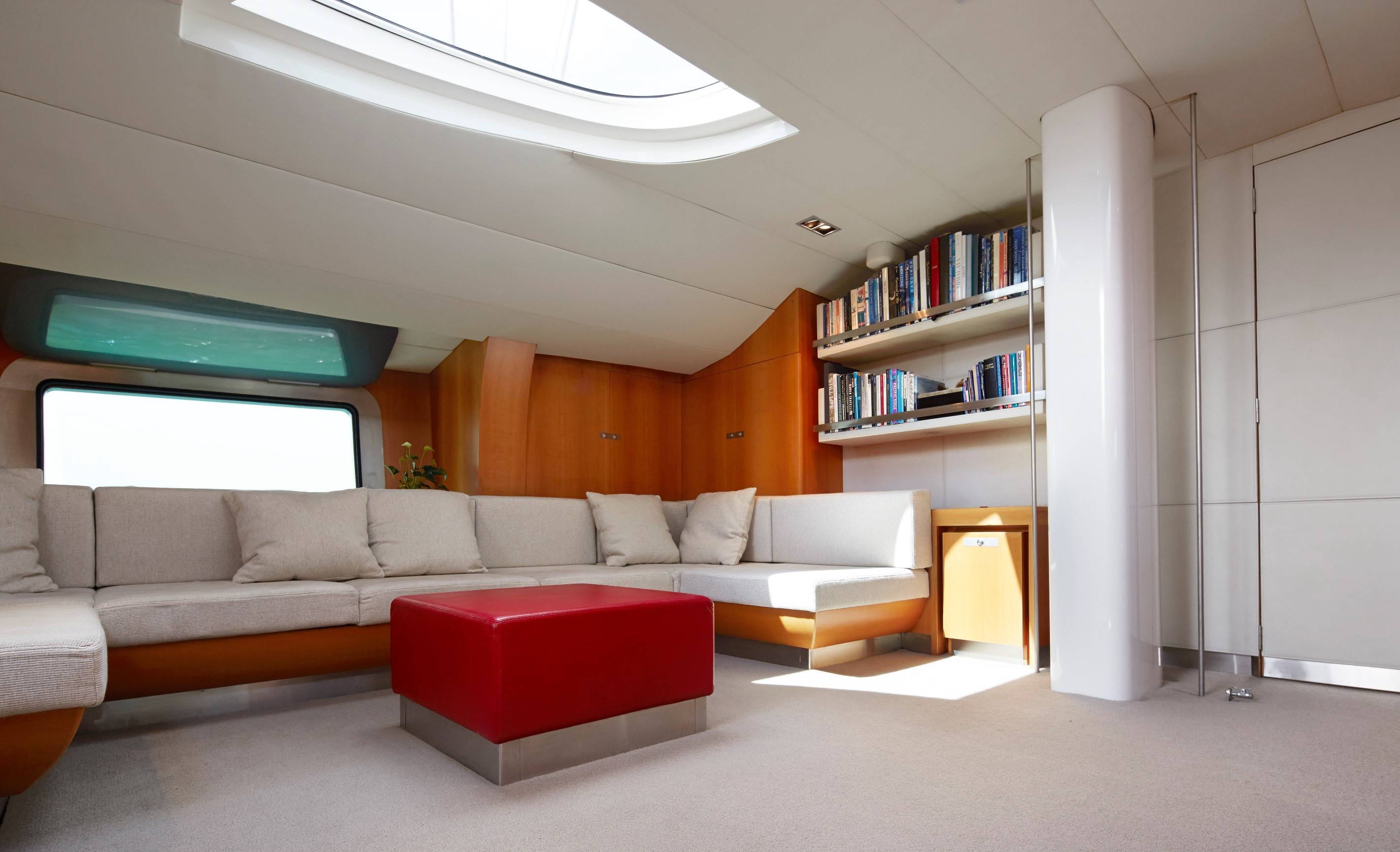 Yachting developments - Silvertip